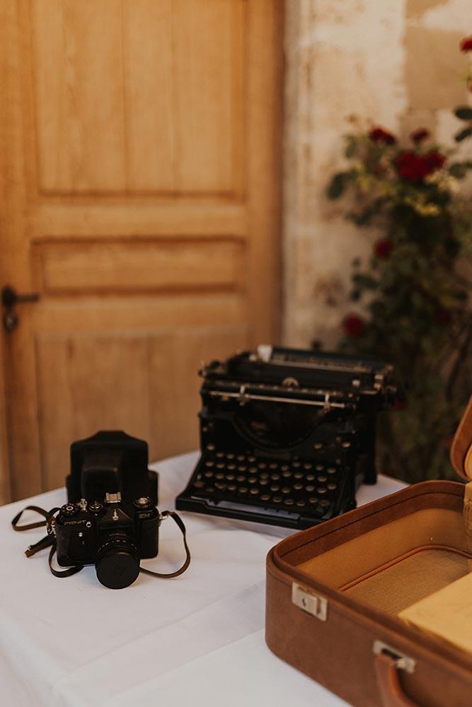 Décoration vintage pour table et urne de mariage