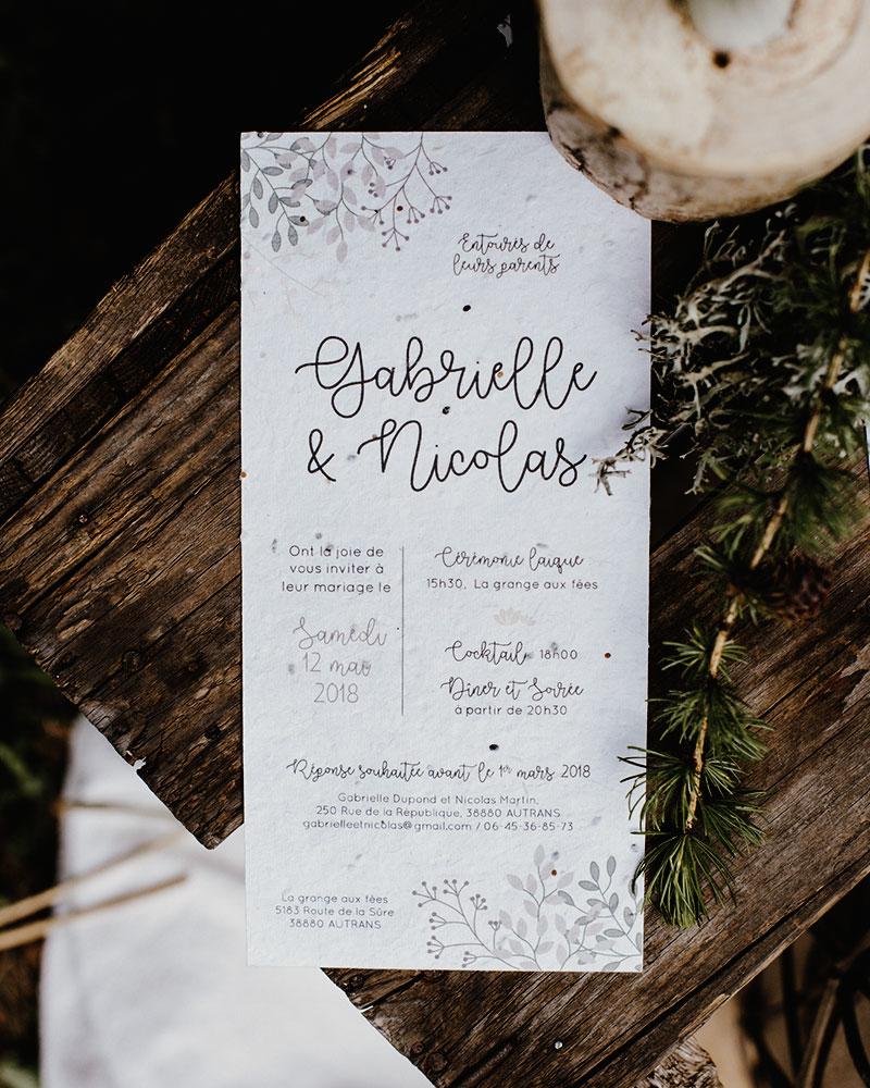 Papeterie de mariage en papier ensemencé