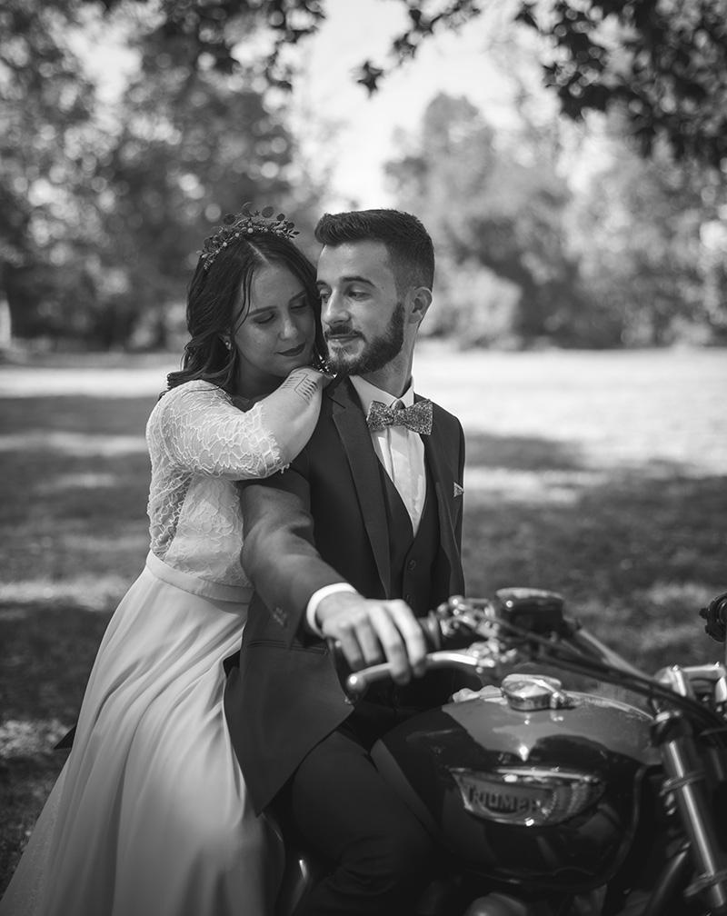 Mariage vintage à moto