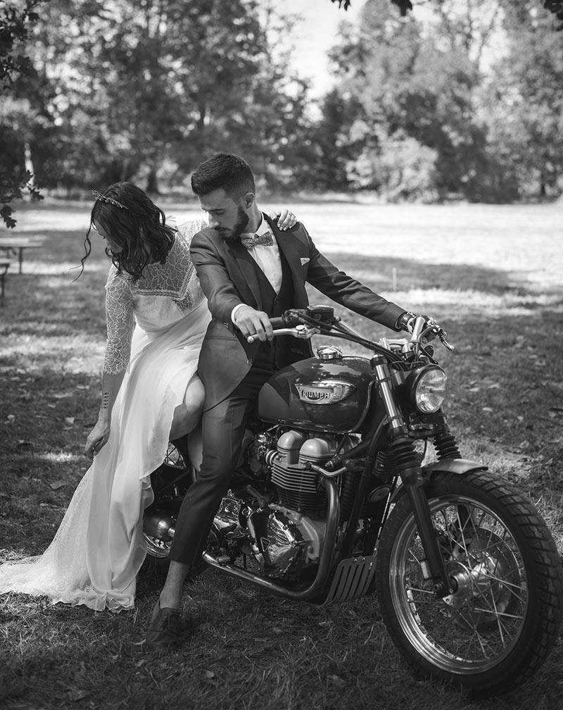 Mariage industriel à moto