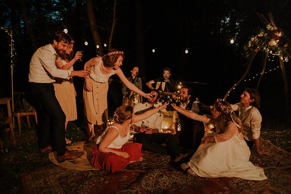 Dîner de mariage guinguette
