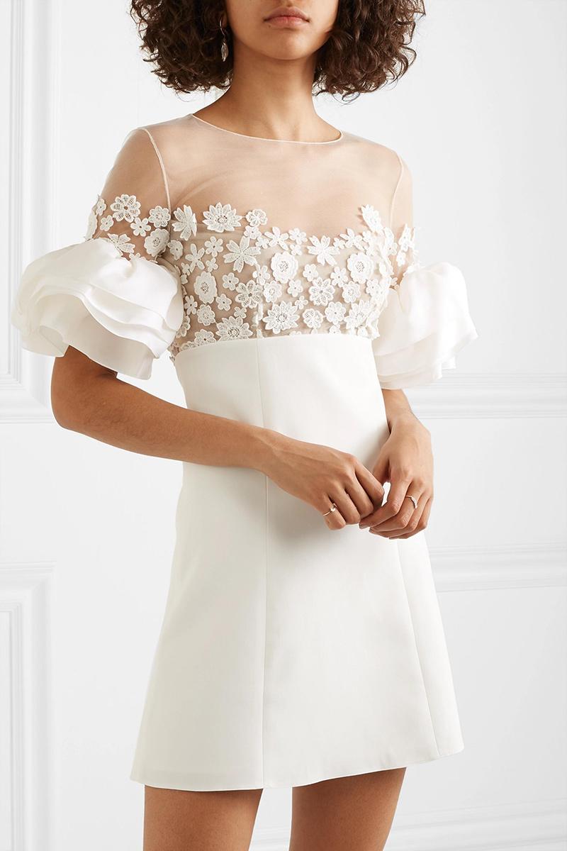 Robe de mariée courte à fleurs